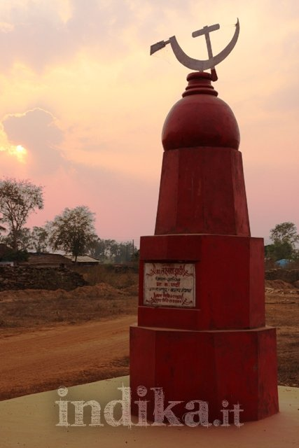 maoists-and-sf-bastar-dantewada-18