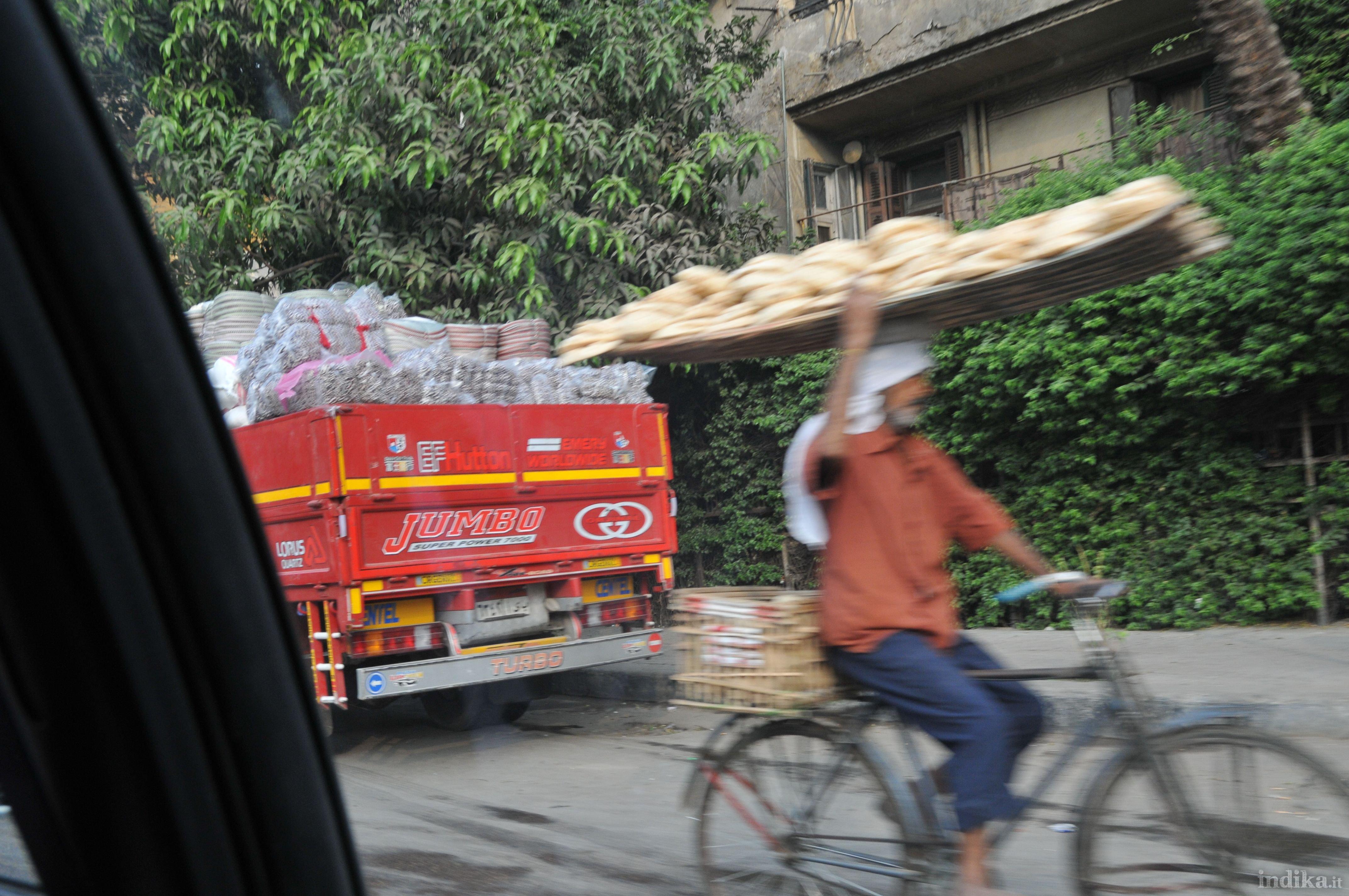 Trasporto del pane - Il Cairo