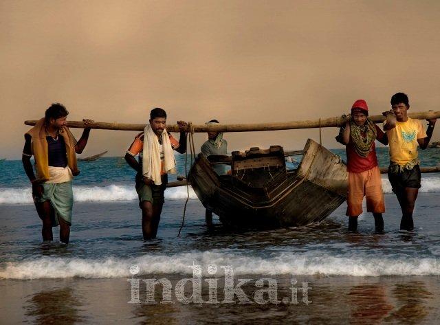 Keuta (o Kaibarta) casta di pescatori della costa dell'Orissa inclusi alcuni anni fa frale Scheduled Tribes - © F. Biancifiori