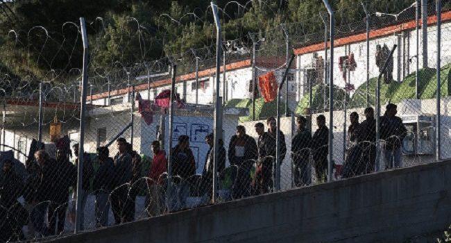 Con l'inverno in arrivo, migliaia di migranti a rischio sulle isole greche